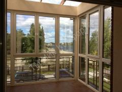 Остекление балконов и лоджий металлопластиковыми