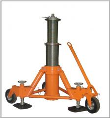 Automatic hydraulic jacks tipa-PG with a loading