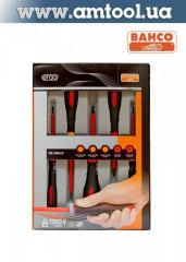 Set of screw-drivers with isolation of 5 pieces of