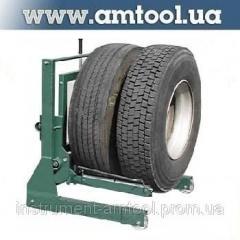 El carretón para la transportación de las ruedas