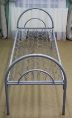 Кровать односпальная с металлическими быльцами
