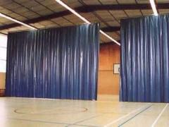 Брезентовые тентовые шторы для ворот СТО, гаражей,