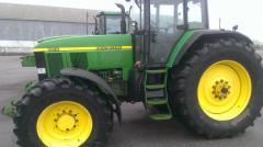 Трактор John Deere 7810