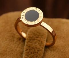Кольцо Bvlgari черное