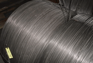 Powder a wire for processing of metallurgical
