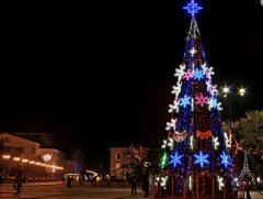 Центральная елка г. Керчь