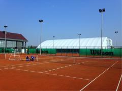 Теннисные корты с  грунтовым покрытием