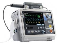 BeneHeart D3 defibrillator monitor