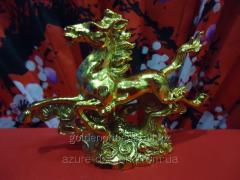 Статуэтка Лошади золотые на подставке.Статуэтка.