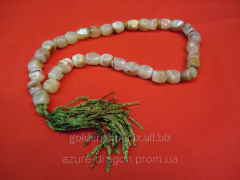 Beads from onyx