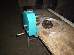 Станок для гибки дистанционной рамки СГДП-01