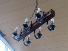 Shod chandeliers