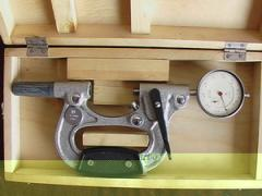 Brackets lever and indicator
