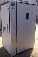Инкубатор для яиц  автоматический  на 3000 яиц