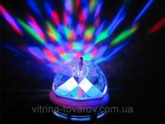 Диско лампа вращающаяся лампочка LED для вечеринок