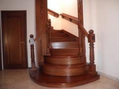 Лестницы в Мариуполе и Донецке