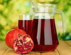The concentrated juice of pomegranate of 65%