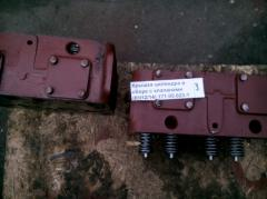 Cylinder cover assembled with valves (6Ch12/14)