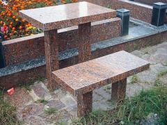 Стол из гранита коричневый со столом
