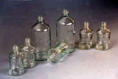 Флаконы из стекла для парфюмерной и косметической продукции