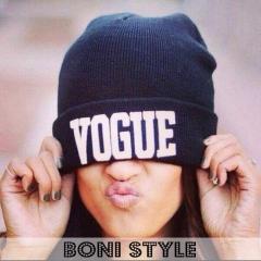 Женская шапка Vogue