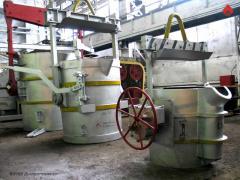 Ковши сталеразливочные вместимостью 0,25; 0,75; 0,8; 1,5; 2; 3; 7; 10; 12; 20; 25; 40 тонн для приема расплавленного металла из плавильного агрегата, переноса его к месту разлива и разлив в форму, пр-во Днепротяжмаш, Украина