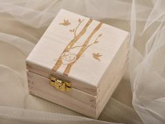 Деревянная дизайнерская шкатулка для обручальных