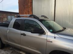 Arch on roof Toyota the Tundra