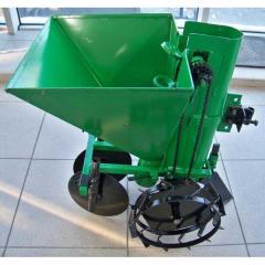 Hinged equipment for the motor-block: