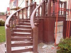 Лестницы гранитные под заказ