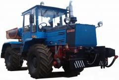 Wheel tractor with a buldoser dump on the