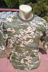 He t-shirt is camouflage