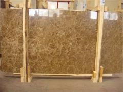 Marble slabs from a warehouse and under the order