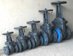 Valves are flange, pig-iron and steel for water,
