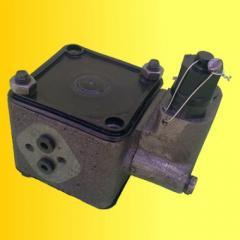 Distributor / box of GUR MTZ-80, MTZ-82