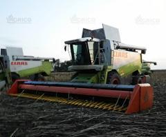 Sunflower harvesting bezryadnaya, ZHNS -6.