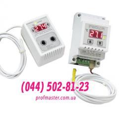 Temperature regulator for an incubator, the