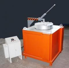 Печь электрическая тигельная поворотная СМТ