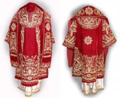 Áo làm lễ của linh mục