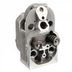 Engine head with the Deutz 4230608 valve