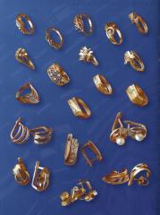 Rings, earrings, rings, costume jewelry