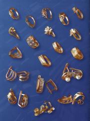Кольца, серьги, перстни, бижутерия