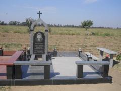 Памятник гранитный модель -89