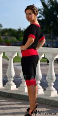 Черная юбка миди с красной полосой по низу,