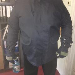 Огнестойкая куртка и перчатки. Огнестойкий костюм.
