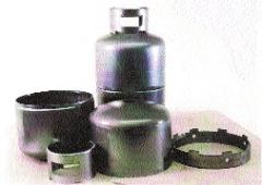 Equipment for production of gas cylinders
