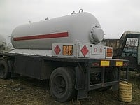 The trailer the tank for a liquefied gas propane-butane of 10 CBM. A tanker for gas