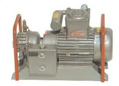 The rotor compressor for liquefied gas