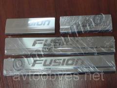 Накладки на пороги для Ford Fusion (форд фьюжн)