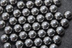 Spheres from silicon - molybdenum steel